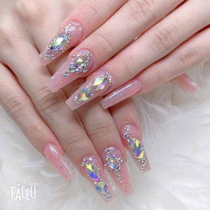 Photos from Hollywood Nails's post