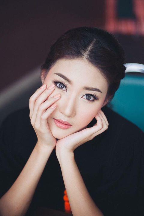 Photos from ช่างแต่งหน้าเจ้าสาว รับปริญญา by อ้อน's post