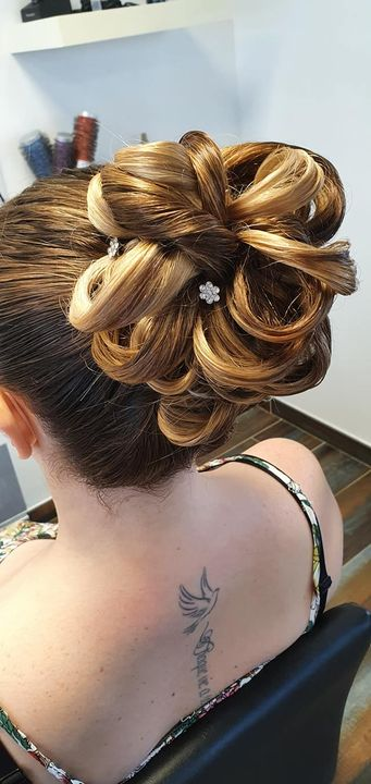 Photos from CND Coiffure's post
